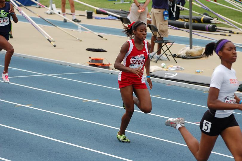 Akuira-Young-2013-US-Junior-Olympics-1