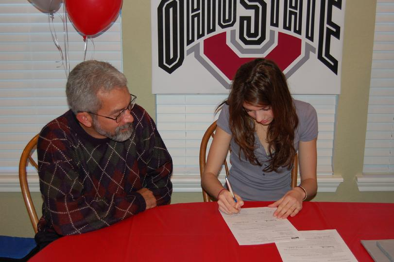 Laura Allred signs with Ohio State